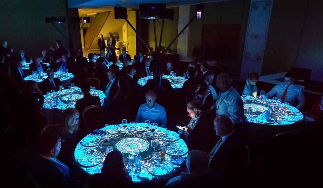 Table mapping. Překvapte hosty vaší galavečeře
